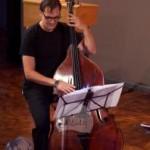 Rüdiger Ludwig am Kontrabass