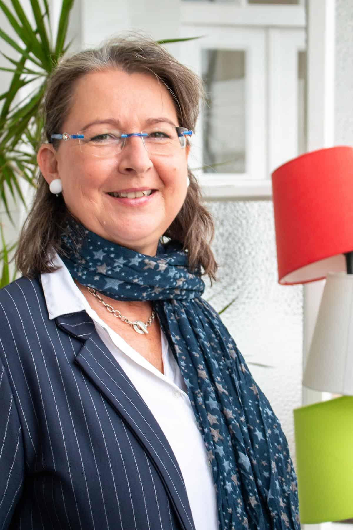 crossover marketing Katja Banik